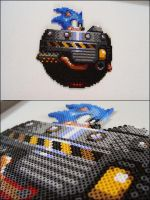 Sonic the Hedgehog riding Eggomatic bead sprite by 8bitcraft