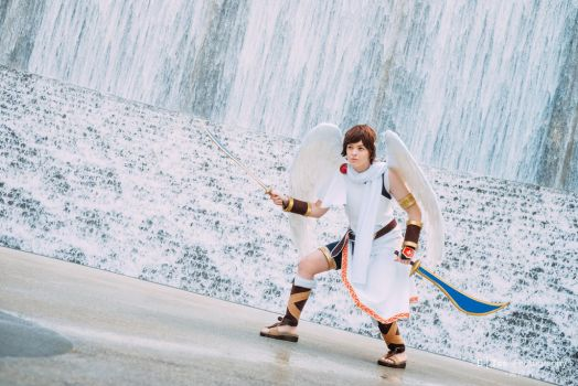 Pit Kid Icarus Cosplay by KadiaaCosplay