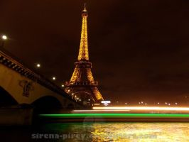 Eiffel Tower Light painting by sirena-pirey