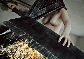 Silent Hill: Pyramid Head - Grinding it sharp by aggestardust