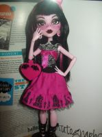 Draculaura MH repaint 2 by Makeup-love95