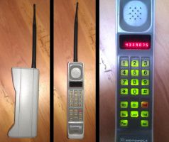 Motorola DynaTAC 8000s by Redfield-1982