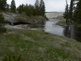 Yellowstone 46 by LiZnReSources