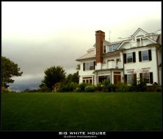 Big White House by GuiSwim