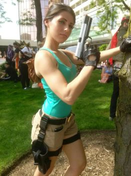 Lara Croft Cosplay by grimmons88
