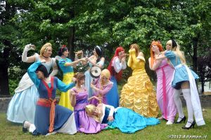 Crazy Disney Princesses by sekitwins