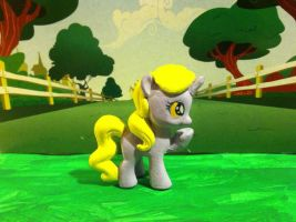 Custom pony: Dinky Doo by CaliforniaHunt24