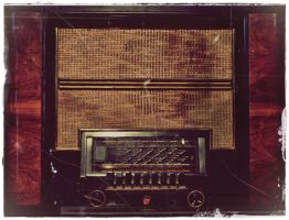 we're still listening radios by AilesPourpres