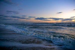 Outer Banks sunrise by Vironevaeh