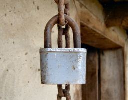 Chained and Locked by CoUnTiNgPiXeLs