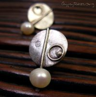 Fused Earrings with Pearls by che4u