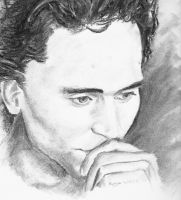 Tom Hiddleston by Auri3