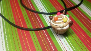 GingerBread Cupcake by kitty25kit