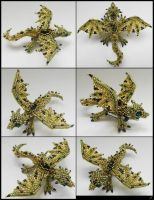 Green dragon brooch by Rrkra