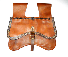 Dordrecht Purse Recreation by RuehlLeatherWorks