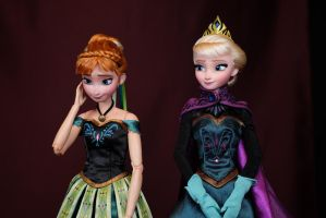Anna and Elsa OOAK doll by RYfactory