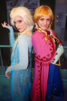 Frozen - Sisters by Para0Doll