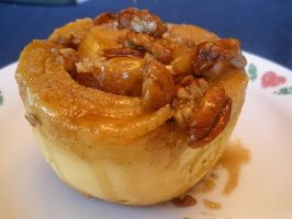 Honey Nut Sticky Bun by RuinedTemple