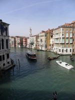 A View from the Ponte Rialto by jraffe0404