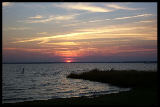Sunset on Pamlico Sound by usernamesarelame