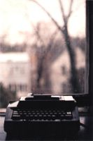 typewriter by rainywetgrass