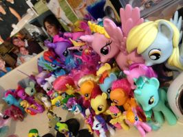 do we need to talk about my pone collection by teekyo