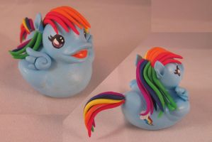 Rainbow Dash Duck by spongekitty