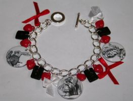 Alice in wonderland bracelet by False-desire