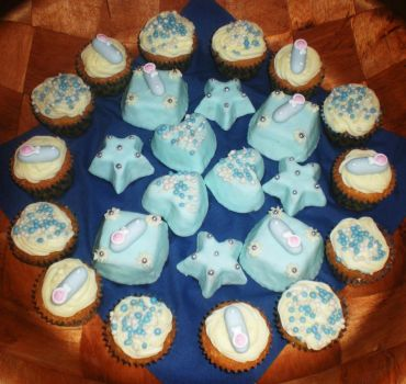 Baby Shower Cupcake's by LaPetrovich