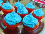 More blue cupcakes by Tsukimogori