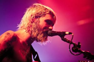 Biffy Clyro by GIVEthemHORNS