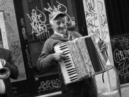 Street musician by altergromit