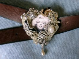 Another Marilyn Buckle by bchurch