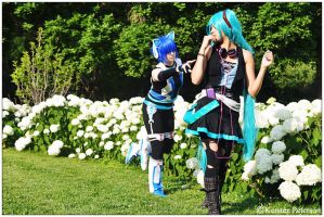 Vocaloid: Kaito Chase by CosplayerWithCamera