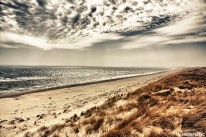 The grey beach by Mecenetic