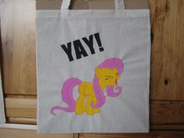 Painted Bag - YAY Fluttershy by haselwoelfchen