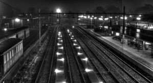station by night (reprocessed) by framafoto
