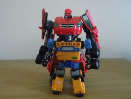 Botcon Huffer and Aveo Swerve by forever-at-peace
