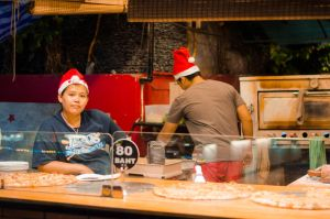 xmas pizza by calorproduction
