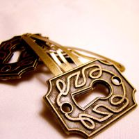 Brass Keyhole Lolita Hairclips by SteamSociety