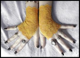 Narcisse Lace Fingerless Gloves by ZenAndCoffee