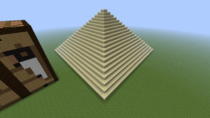 Pyramid in Minecraft by axelrules1231