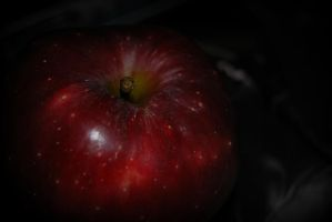 Red Apple.. by Wekuster