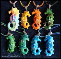 Sea horses necklaces - sale by SnowSnow11