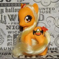 Candy Corn Pony by AdeCiroDesigns