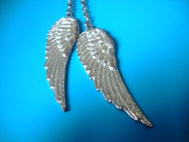 Wings necklace - close up by Laura-in-china