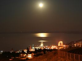 Duluth By Night by entropy462