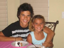 Taylor Lautner and Sister by xkelseybelsey