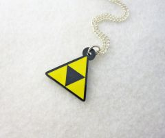 Triforce Necklace by egyptianruin