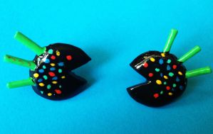 Ms Pacman earrings by dorashouldprint